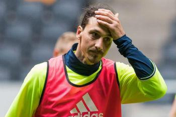 إبراهيموفيتش يصدم عشاق مان يونايتد بعد ودية السويد!
