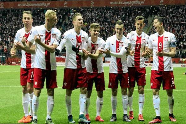 تشكيلة بولندا الرسمية لكأس أمم أوروبا