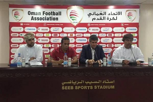 مدرب منتخب عمان لكرة القدم لوبيز كارو