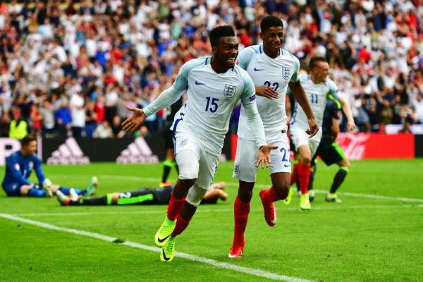 ستوريدج يقود إنكلترا لفوز ثمين على ويلز