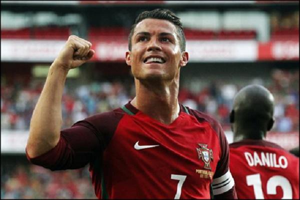 النجم البرتغالي كريستيانو رونالدو مهاجم ريال مدريد الإسباني