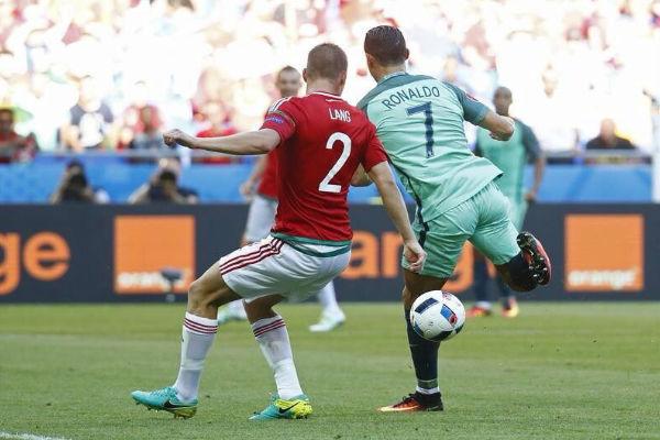 هدف بالكعب لكريستيانو رونالدو أمام المجر
