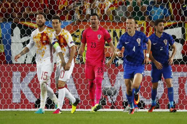 سيرجيو راموس يهدر ضربة جزاء أمام كرواتيا