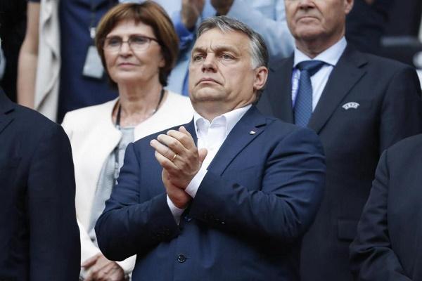 رئيس الوزراء المجري فيكتور اوربان يتابع اللقاء