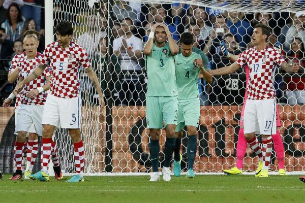 بيبي يتحسر على ضياع فرصة ثمينة لصالح البرتغال