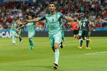 رونالدو يحلم بدموع الفرح بعد نهائي كأس أمم أوروبا