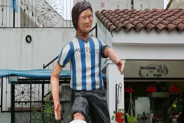 تمثال جديدي لميسي يثير سخرية رواد مواقع التواصل الاجتماعي