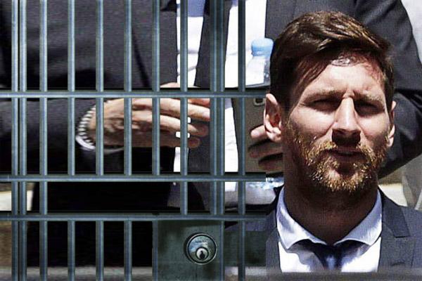 أصدرت محكمة اسبانية حكما بالسجن لمدة 21 شهرا بحق ميسي ووالده بتهمة التهرب من الضرائب