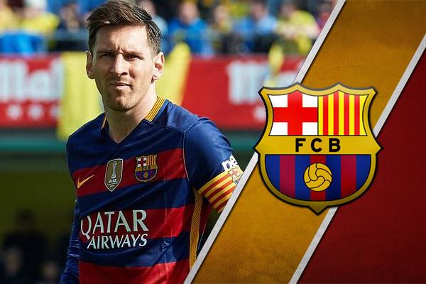 برشلونة يدحض تقارير رحيل ميسي عن النادي