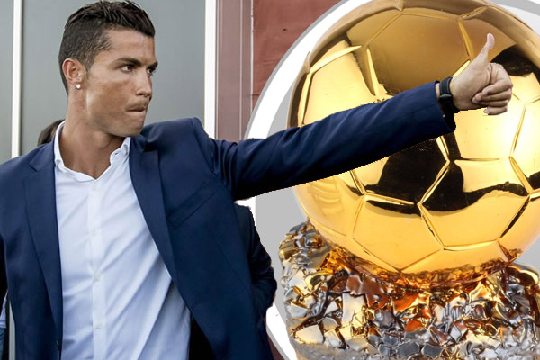نفى المهاجم البرتغالي كريستيانو رونالدو لاعب ريال مدريد الإسباني هوسه الفوز بجائزة الكرة الذهبية