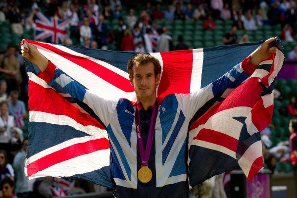 موراي يحمل علم بريطانيا في افتتاح أولمبياد ريو