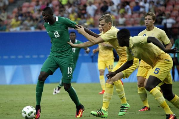 نيجيريا تهزم السويد وتحسم بطاقتها