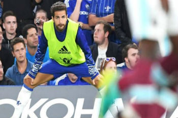 فابريغاس يعرض خدماته على ريال مدريد.. والأخير يرفض!