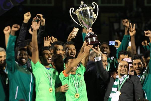 توج الأهلي بلقب النسخة الرابعة للكأس السوبر السعودية لكرة القدم