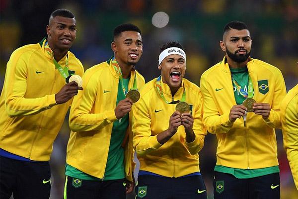 وأخيرا اقتنص البرازيليون لقبهم الاولمبي الضائع من داخل معبدهم الكروي