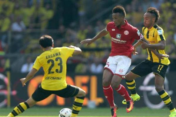 لاعبو الدوري الألماني يشكون من الحرارة المرتفعة