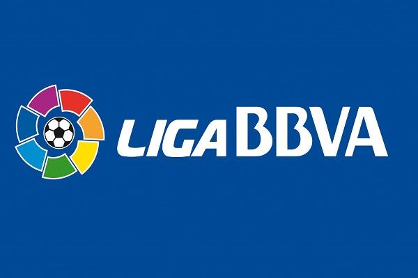 الدوري الإسباني يسعى للحاق بنظيره الإنكليزي عبر عقد جديد للنقل التلفزيوني