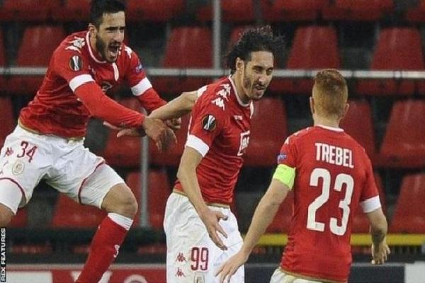 الجزائري بلوفضيل انتقل إلى ستاندرد ليغ البلجيكي الصيف الماضي ولن يشارك مع منتخب الجزائر في بطولة أمم أفريقيا