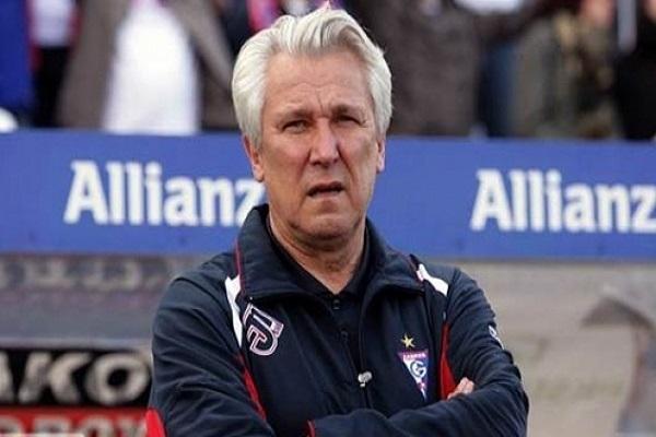 مدرب منتخب تونس لكرة القدم البولندي-الفرنسي هنري كاسبرجاك