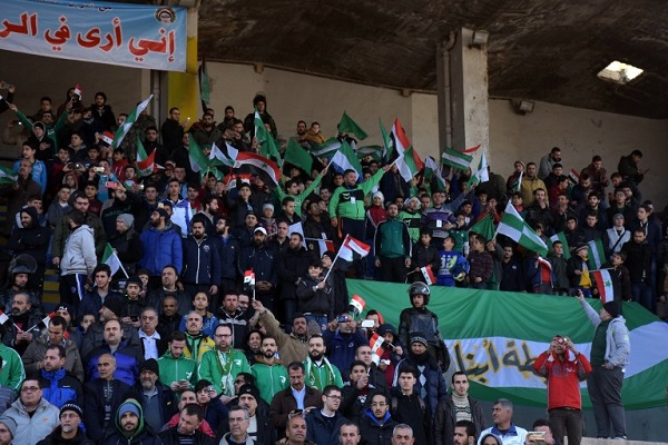 مشجعو كرة القدم في حلب يهتفون في المدينة للمرة الأولى منذ أعوام