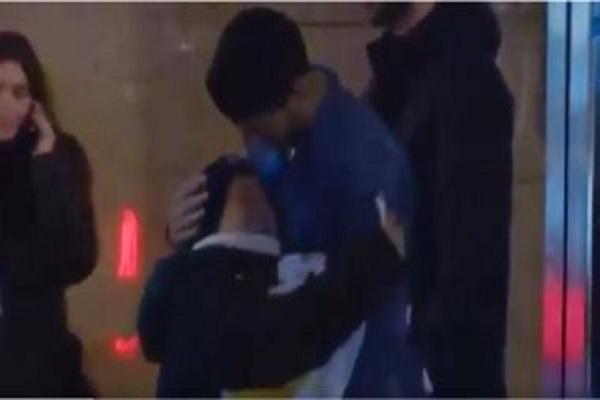 لفتة انسانية رائعة من سواريز تجاه طفل بعد مباراة أتلتيكو