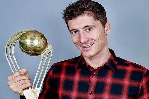اختير المهاجم روبرت ليفاندوفسكي هداف نادي بايرن ميونيخ الألماني كأفضل لاعب في بولندا لعام 2016