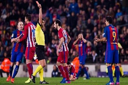 رفض استئناف برشلونة بشأن إنذاري سواريز وسيرجي روبيرتو