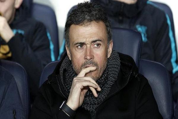 لاعبو برشلونة ينقلبون على إنريكي بعد فضيحة باريس