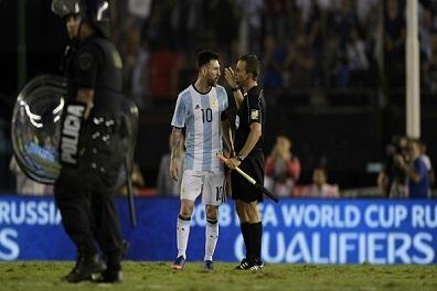 إيقاف ميسي ضربة موجعة للأرجنتين في الأمتار الأخيرة من التصفيات