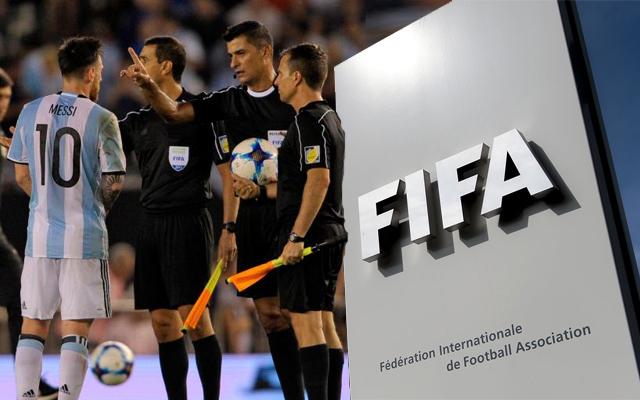 يواجه ميسي التعرض لعقوبة الإيقاف من الاتحاد الدولي جراء احتجاجه الكبير على حكم مباراة منتخب بلاده أمام نظيره التشيلي