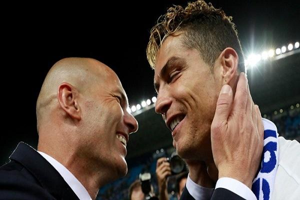 زيدان توقع فشل رونالدو مع ريال مدريد في 2009