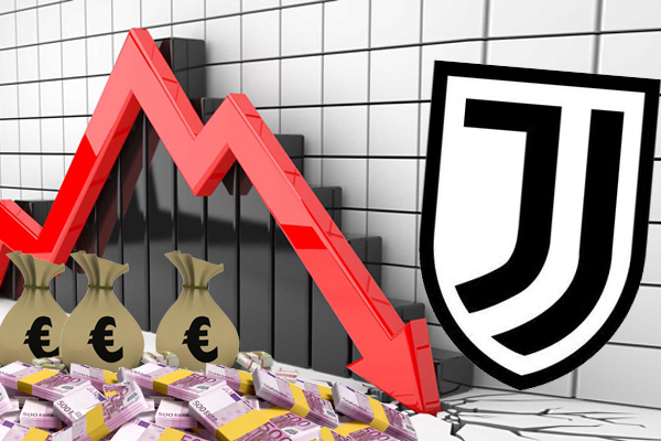 كشف يوفنتوس الإيطالي الخميس أن ديونه تضاعفت تقريبا خلال السنة المالية الماضية التي انتهت في 30 يونيو الماضي