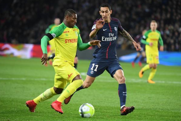 يخوض باريس سان جرمان آخر تجربة له قبل مواجهته المرتقبة مع ليفربول ضمن دوري ابطال اوروبا عندما يستضيف سانت اتيان