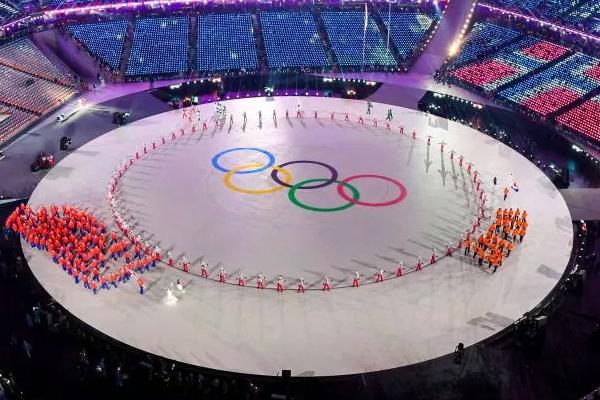 تعتزم كوريا الجنوبية الاقتراح على جارتها الشمالية التقدم بملف ترشيح مشترك لاستضافة دورة الألعاب الأولمبية الصيفية 2032