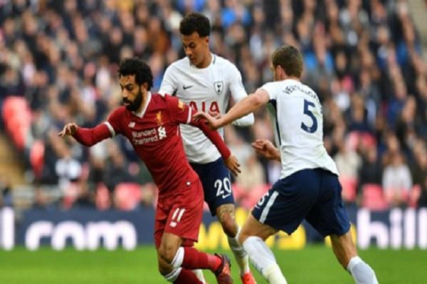 ليفربول يختبر قدراته على المنافسة بمواجهة توتنهام