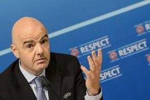 إنفانتينو ينتقد قرار نقل بعض مباريات الدوري الإسباني إلى أمريكا