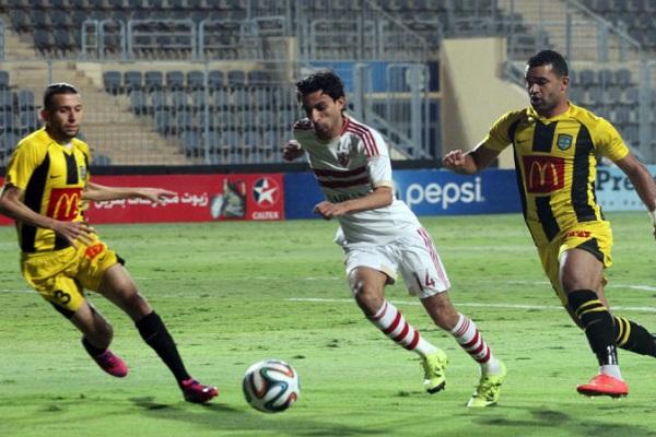 الزمالك يتصدر الدوري المصري بفوز صعب على المقاولون