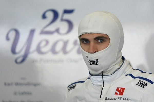 خاض انتونيو جوفيناتسي سباقين في الفورمولا واحد مطلع 2017