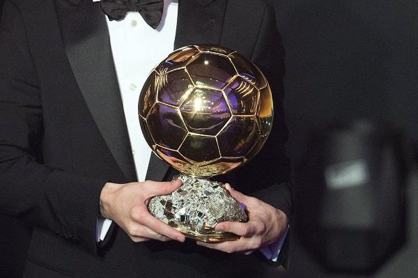 فرانس فوتبول تكشف عن موعد الإعلان عن جائزة الكرة الذهبية