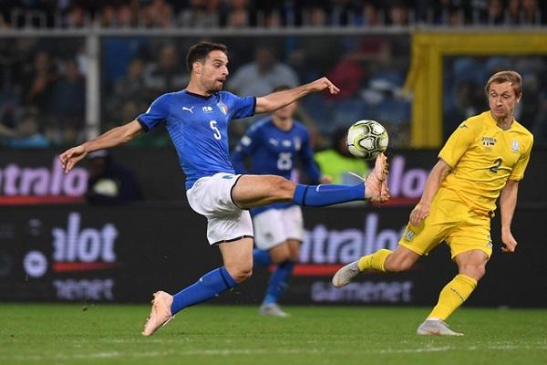 إيطاليا تتعادل مع أوكرانيا 1-1 وديا