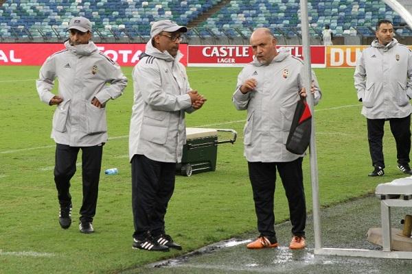 مدرب منتخب ليبيا في كرة القدم الجزائري عادل عمروش