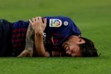 رسميا.. إصابة ميسي في ذراعه تحرمه من المشاركة في الكلاسيكو
