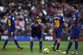 برشلونة وريال مدريد للهروب من الأزمة