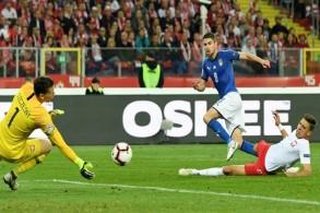 إيطاليا تتخطى بولندا بصعوبة