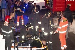 إصابة نحو 20 شخصا بانهيار سلم كهربائي قبل مباراة روما وسسكا