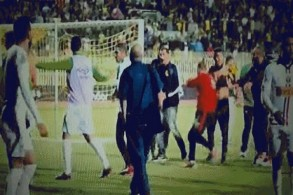 80 مصابا في أعمال شغب بعد مباراة بالدوري الجزائري
