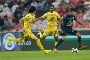 دربي دبي بين شباب الأهلي والوصل في الدوري الإماراتي