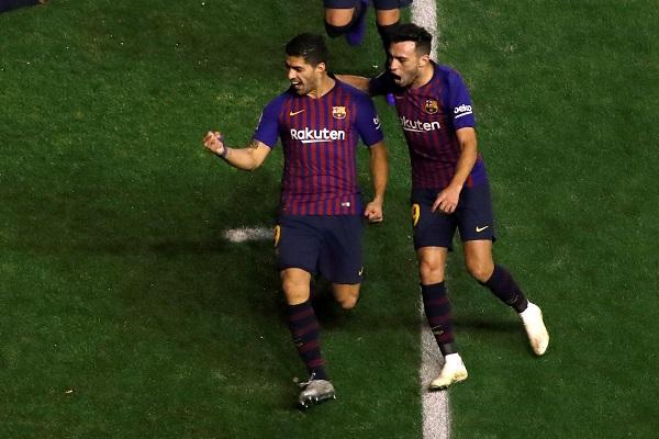 برشلونة يقلب تخلفه ضد رايو فايكانو في وقت متأخر ويبتعد