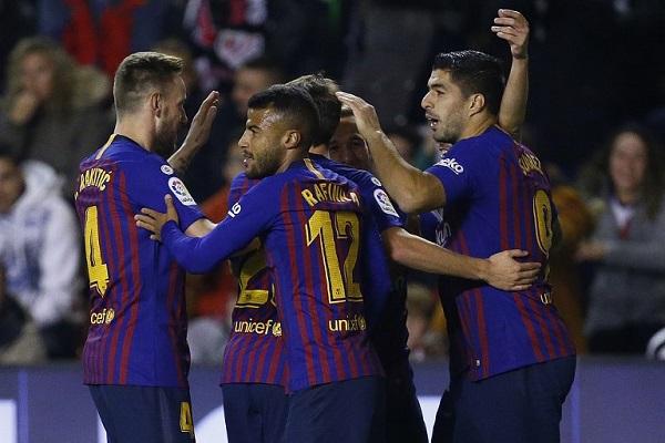 برشلونة يبتعد في الصدارة