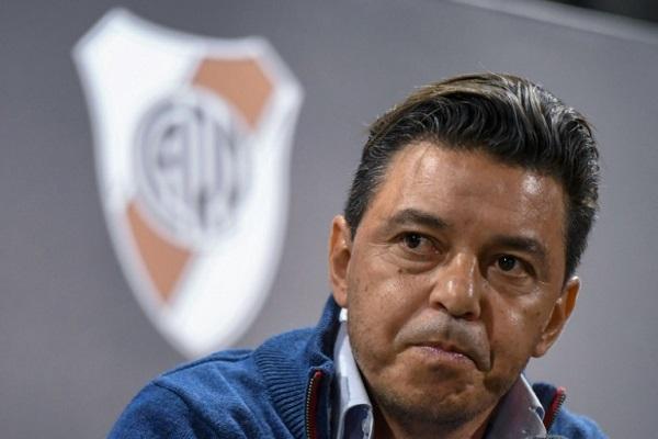 ايقاف مدرب ريفربلايت 4 مباريات وحرمانه من نهائي كأس ليبرتادوريس